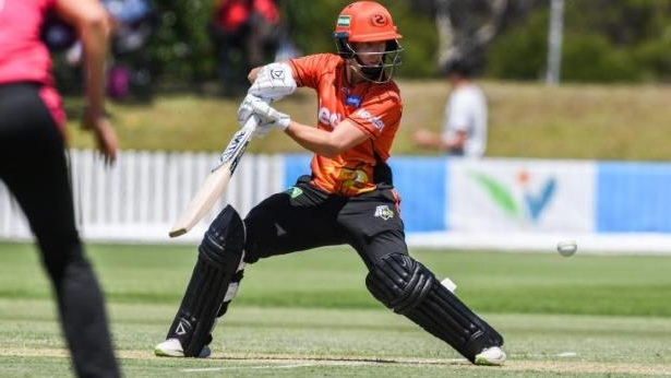 Elyse Villani was impressive for the Scorchers with 74 not out.