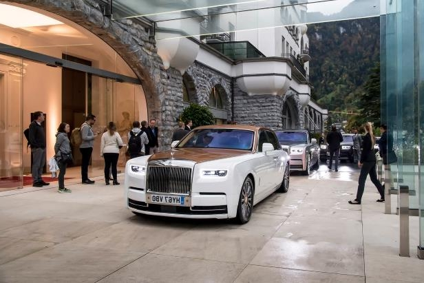 Slide 72 of 77: 2018-Rolls-Royce-Phantom-VIII-lineup-04.jpg