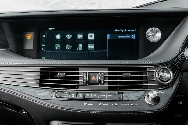 Slide 47 of 146: 2018-Lexus-LS-500-center-stack-screen.jpg