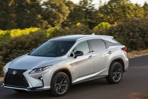Lexus Unveils 2018 RX Pricing, Including Three-Row L