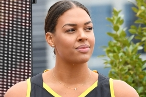 Boomers hoping for fit Cambage in finals