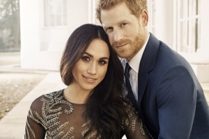 Here's the stunning, $75,000 dress Meghan Markle wore in her official engagement photos
