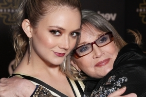 Billie Lourd Honors Mom Carrie Fisher on Emotional Trip One Year After Her Death