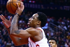 NBA wrap: DeMar DeRozan explodes for 52 points in Raptors' win over Bucks