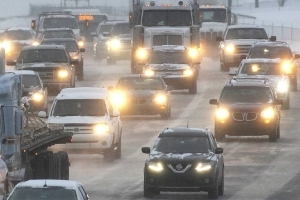 Southbound Deerfoot Trail closed due to multi-vehicle collision