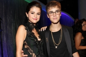 Justin Bieber and Selena Gomez Step Out For a Couple's Workout -- See the Pic!