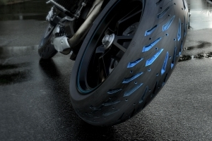 Michelin Introduces the New Road 5 Tire for Sport-Touring Motorcycles