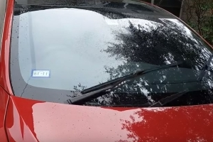 Tesla Owners Ask For Smarter Windshield Wipers, Elon Musk Delivers