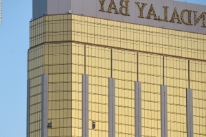 Las Vegas shooting: Hotel staff interacted with gunman more than 10 times before massacre