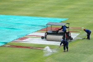 Rain washes out day three at Newlands in finely-balanced test