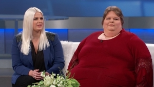 a man standing next to a woman: The 500-Pound Woman's Medical Tests Revealed