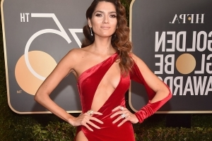 Blanca Blanco ignores all-black dress code at Golden Globes