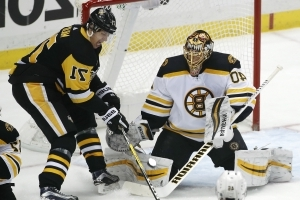 Malkin's overtime goal rallies Penguins to win over Bruins