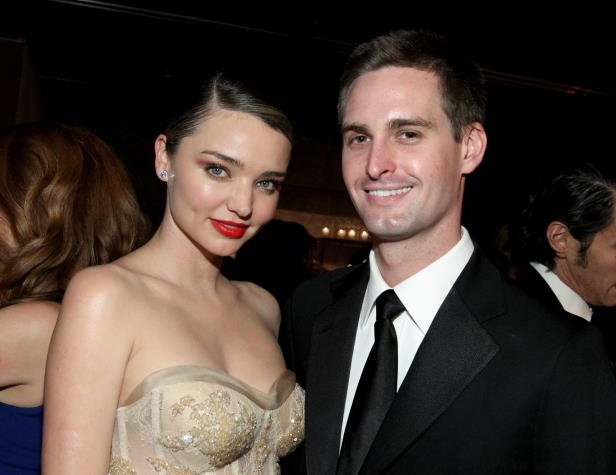 Slide 15 of 27: CULVER CITY, CA - NOVEMBER 12: Founder, Snapchat Evan Spiegel (L) and model Miranda Kerr attend the Fifth Annual Baby2Baby Gala, Presented By John Paul Mitchell Systems at 3LABS on November 12, 2016 in Culver City, California. (Photo by Tommaso Boddi/Getty Images for Baby2Baby)