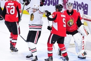 Kane's five points help Blackhawks rout Sens 8-2