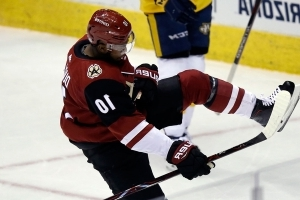 Blackhawks acquire Anthony Duclair from Coyotes for Richard Panik