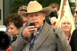 Cliven Bundy undecided on forgiving or suing