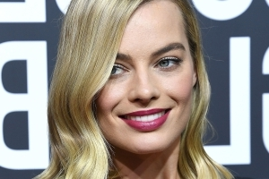 Margot Robbie Hilariously Honeymooned With Ellen, Barack Obama