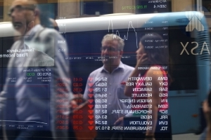 Aussie shares extend losses as banks weigh; New Zealand hits five-week closing low
