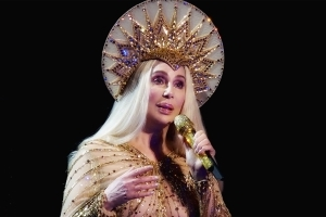 Cher confirmed as headline act for Sydney's 2018 Gay and Lesbian Mardi Gras
