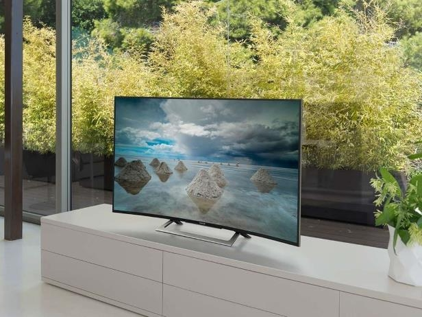 the front of a window: Want to buy the perfect smart television for your family? Follow our shopping guide to make sense of the specs.