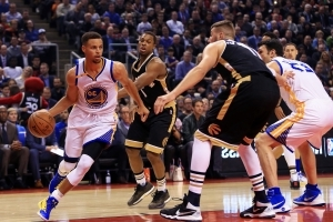 Stephen Curry listed as probable to return in Toronto