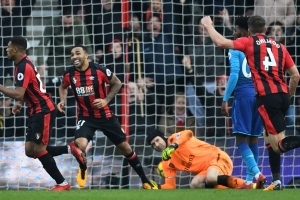 Bournemouth come from behind to beat lacklustre Arsenal