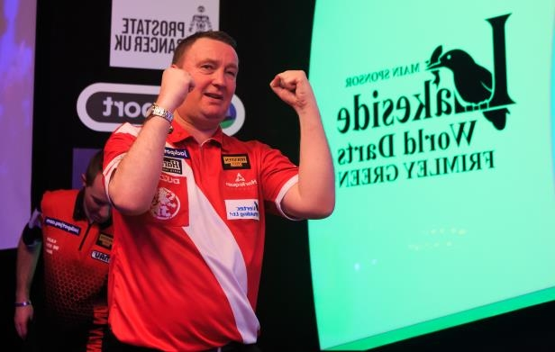 Last year's winner Glen Durrant has reached the final: BDO World Championship Final 2017 - Lakeside Complex