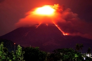 Philippines volcano lava bursts send 34,000 residents scrambling for safety