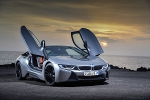 Report: BMW Considering More Powerful i8