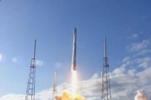 SpaceX launches satellite aboard Falcon 9 rocket