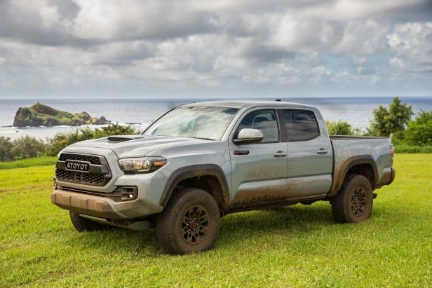 Slide 44 of 87: 2017-Toyota-Tacoma-4x4-TRD-Pro-frornt-three-quarter.jpg