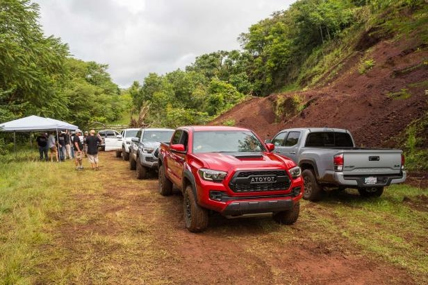 Slide 54 of 87: 2017-Toyota-Tacoma-4x4-TRD-Pro-front-three-quarter-lineup.jpg