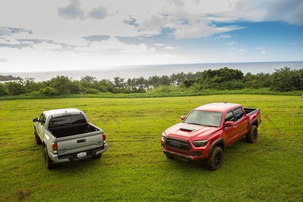 Slide 58 of 87: 2017-Toyota-Tacoma-4x4-TRD-Pro-front-rear-three-quarter.jpg