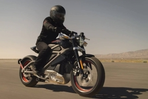 Harley-Davidson to Launch Electric Motorcycle Within 18 Months, Kansas City Plant to Close