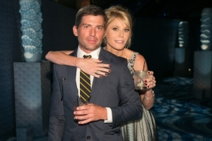 'Modern Family' Star Julie Bowen Officially Files For Divorce From Husband