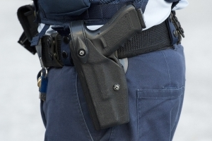 Student fires officer's holstered gun at Minnesota school