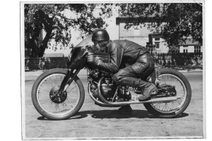 1951 Vincent Black Lightning Breaks Record for Most Expensive Motorcycle Ever Sold