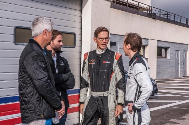 Slide 21 of 124: MERCEDES-AMG-GT4-Randy-Pobst-Thomas-Jager-and-crew.jpg