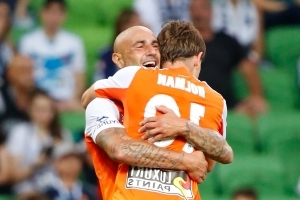 Melbourne Victory 1 Brisbane Roar 2: Maccarone magic boosts finals hopes
