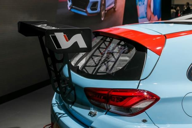 Slide 33 of 70: 2018-Hyundai-i30-N-TCR-Racecar-wing.jpg