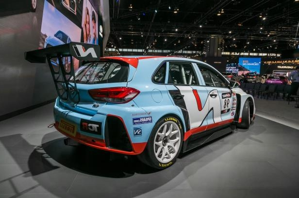 Slide 36 of 70: 2018-Hyundai-i30-N-TCR-Racecar-rear-three-quarter.jpg