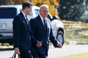 White House says background check for Rob Porter was never completed