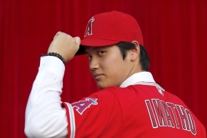Angels won't push rookie Ohtani to be the face of the team