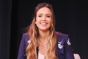 Jessica Alba Returns to The Gym 6 Weeks After Giving Birth: 'Got Back in The Saddle'