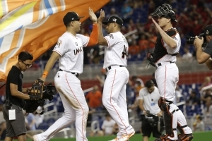 Odd couple: Stanton, Ramos as NY roomies in house divided?