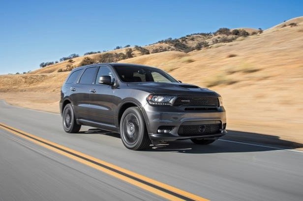 Slide 90 of 184: 2018-Dodge-Durango-4-RT-front-three-quarter-in-motion-1.jpg
