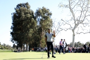 Tiger Tracker: Tiger Woods looks to make cut at Genesis Open
