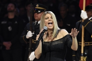 Watch: Fergie's National Anthem At The NBA All-Star Game Did Not Get Good Reviews