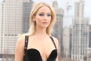 Jennifer Lawrence says she 'wanted to kill' Harvey Weinstein after learning of sexual assault allegations -- and hopes he gets jail time